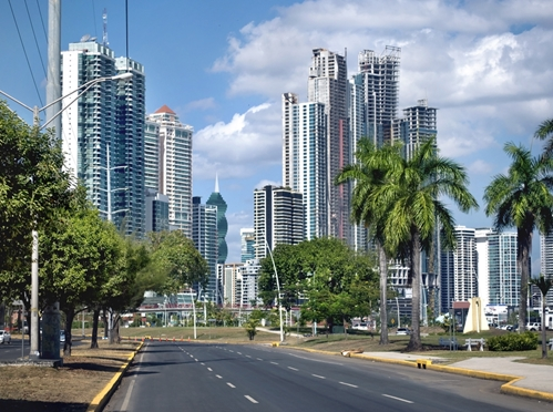 A picture of the thriving community that lay within Panama's borders.